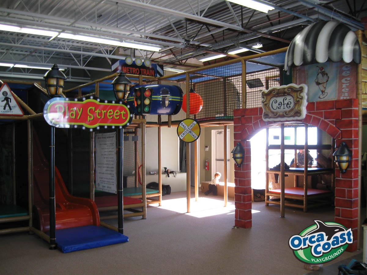 Safari Run Plano >> Joey's World Indoor play facility - Orca Coast Playground ltd.